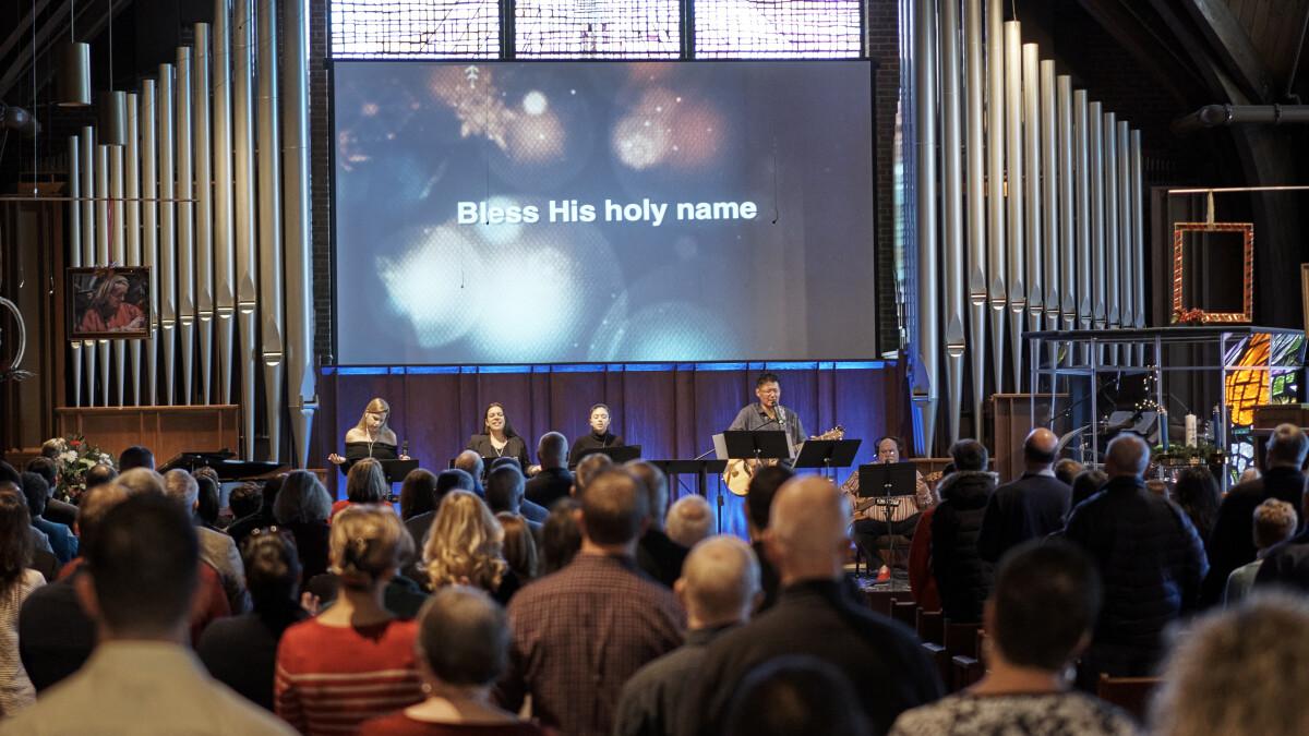 Live Stream Worship